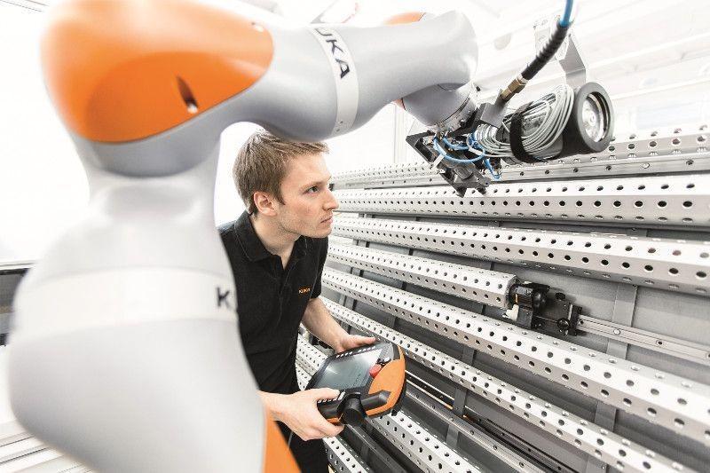 Manutenzione Robot Industriali Ancona